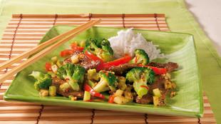 Wokpfanne mit Brokkoli und Rindfleisch