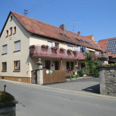 Außenaufnahme eines Hauses
