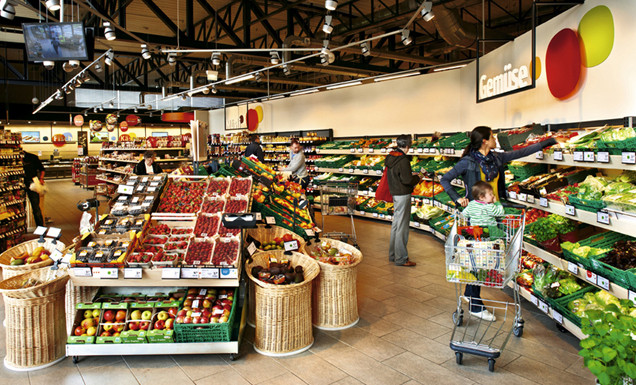 Obst-und Gemüseabteilung tegut... Markt Wiesbaden