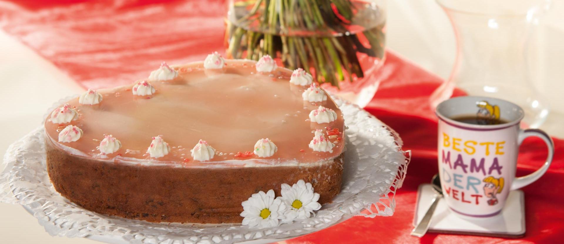 Kirsch Stracciatella Torte zum Muttertag