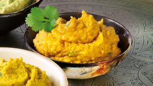 Koriander-Hummus mit Harissa
