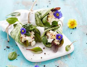 Spinat-Wraps mit Eiersalat-Füllung