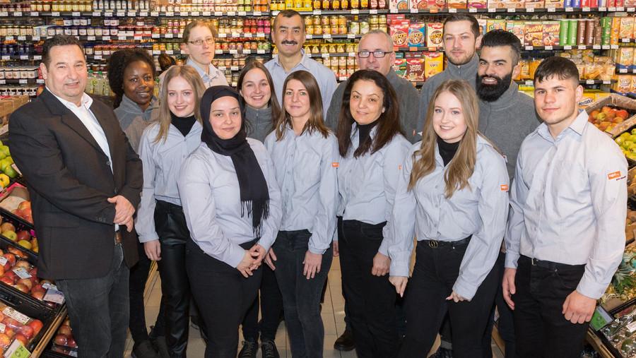 Team im wiedereröffneten Markt in Darmstadt