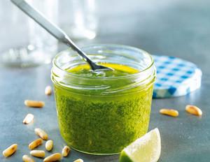 Thymian-Limetten-Pesto