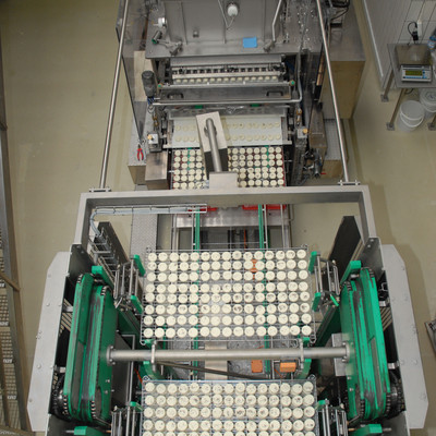 Industrie Maschine die hessischen Handkäse produziert