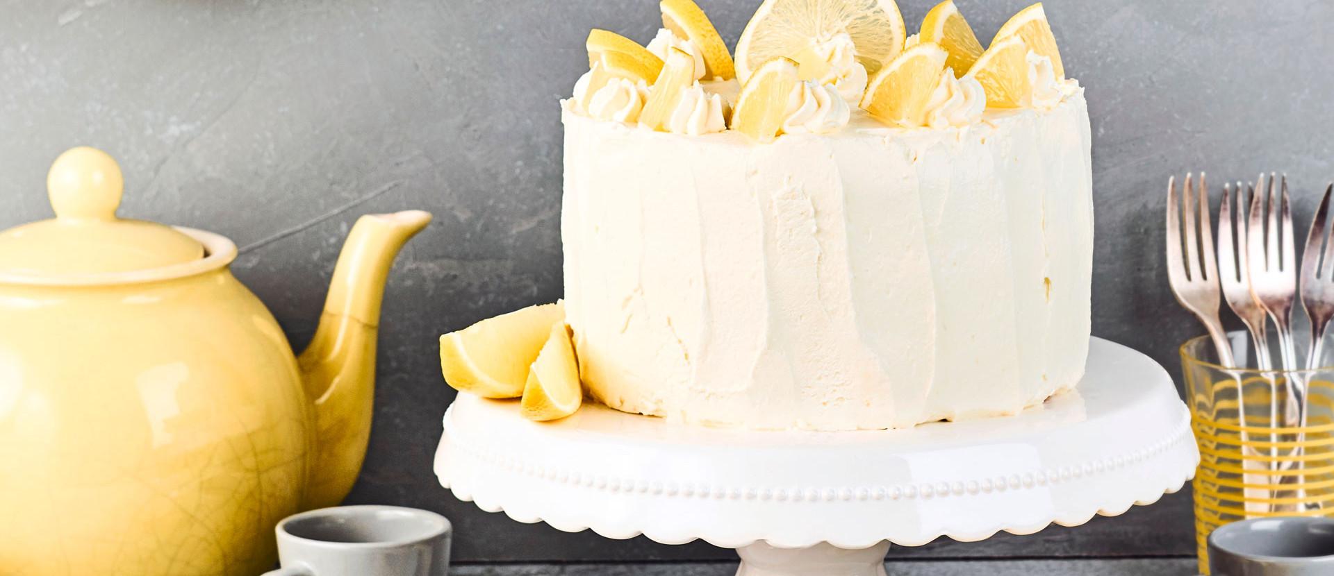 Zitronencreme Biskuit Torte