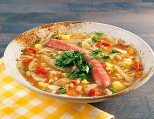 Weiße-Bohnen-Suppe mit Mettwürstchen