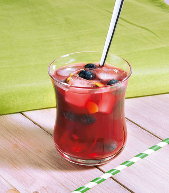 Kokos-Granatapfel-Drink mit Ingwer