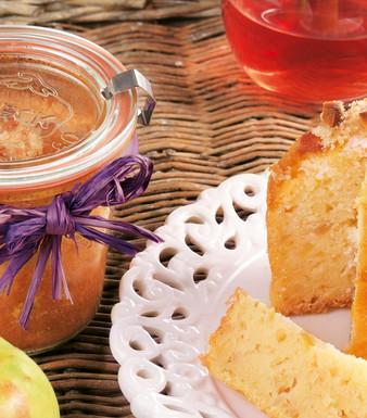 Apfelkuchen mit Macadamia im Glas