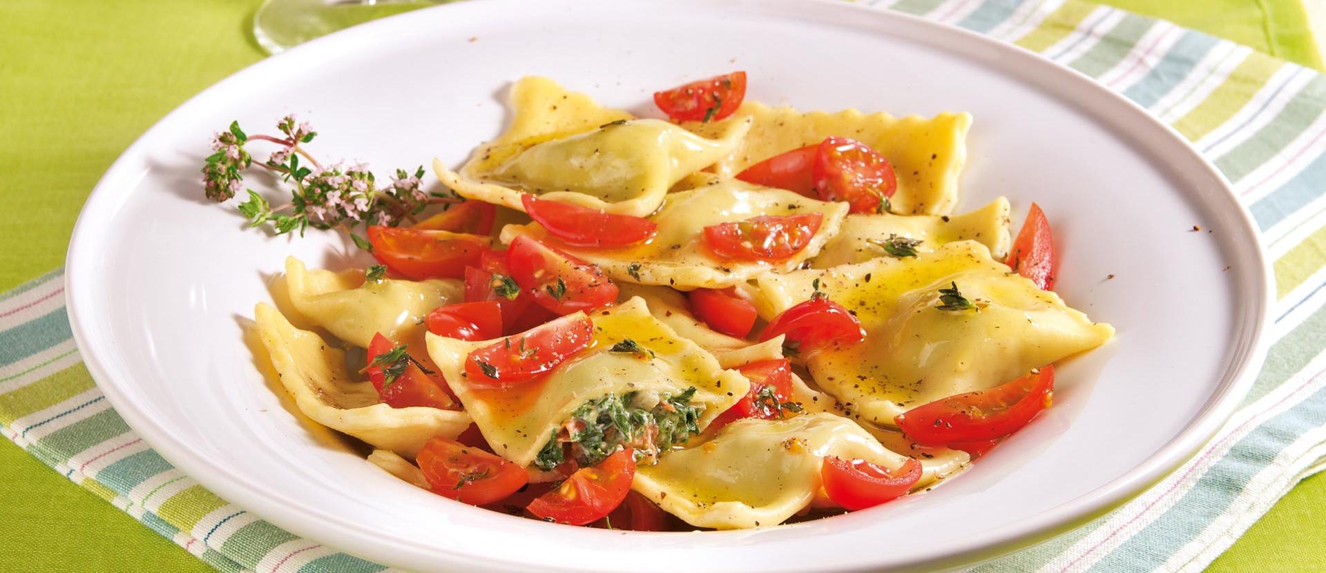 Tortelloni mit Spinat und Ziegenfrischkaese