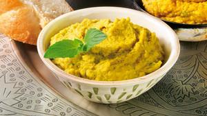 Curry Hummus mit Minze