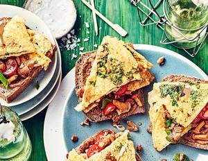 Kräuter-Omelettes mit Pfifferlingen
