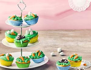 Osternest-Cupcakes mit Frischkäse-Frosting