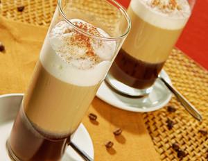 Cappuccino-Cocktail mit Grappa