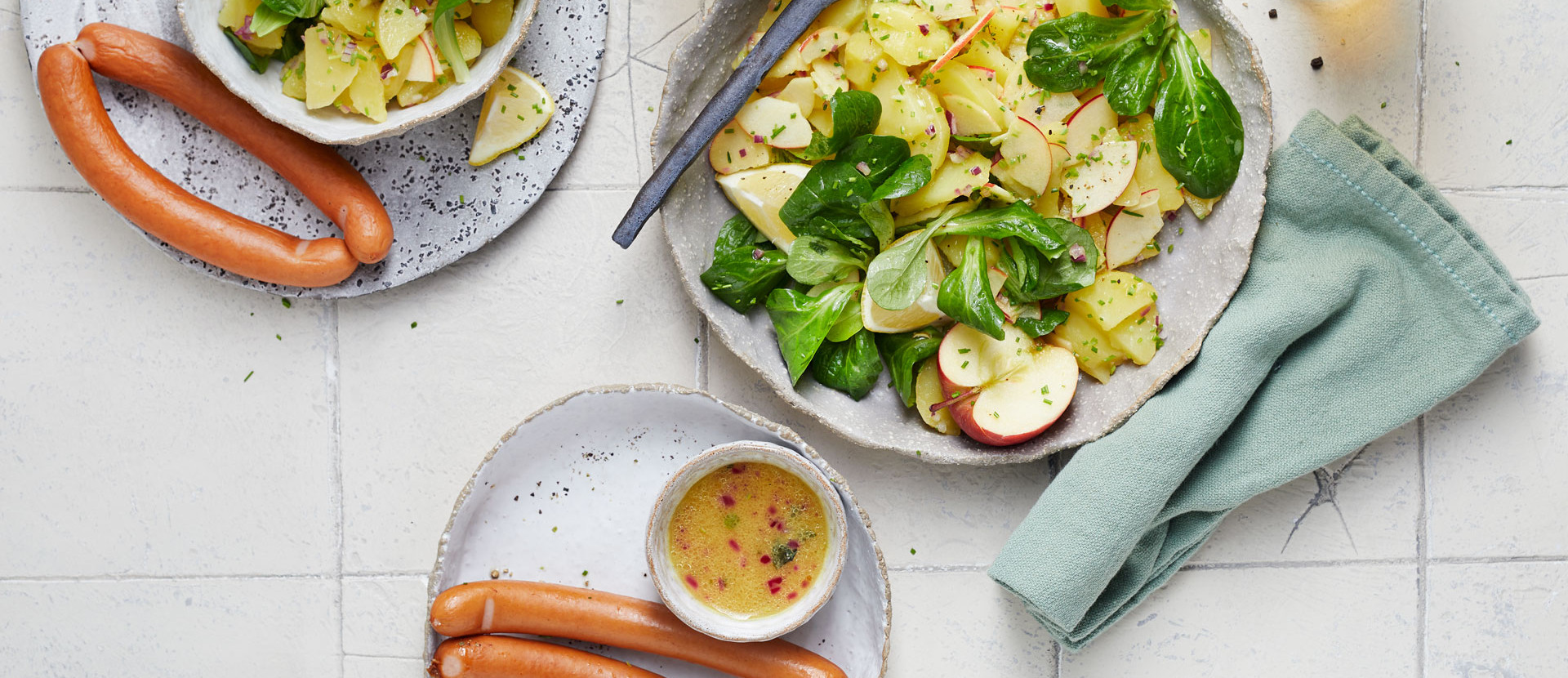 Würstchen mit Kartoffelsalat