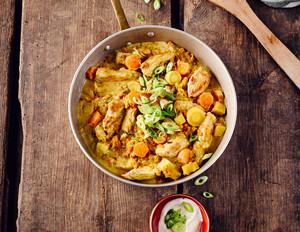 Wurzelgemüse-Curry mit Pute und Linsen