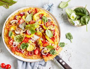 Vegane Pizza mit Gemüseboden