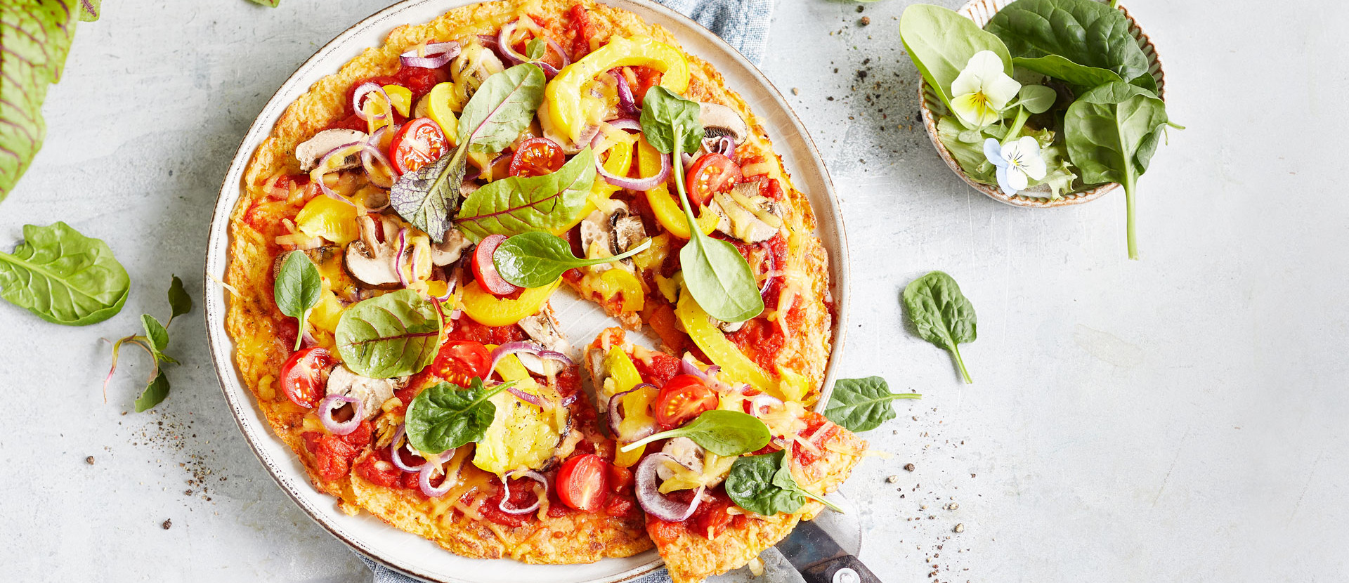 Vegane Pizza mit Gemueseboden