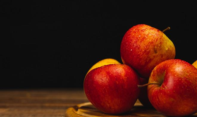 Titelbild Fruechte und Beeren Aepfel