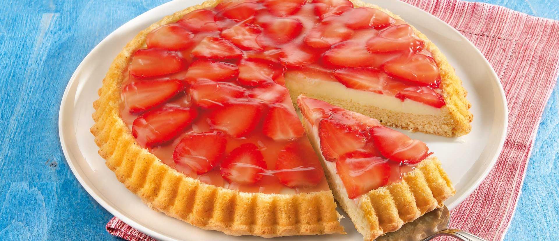 Erdbeer Biskuit mit Vanillecreme