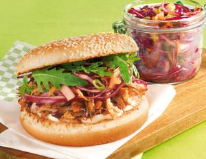 Pulled-Pork-Burger mit Kohlsalat