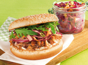 Pulled Pork Burger Kohlsalat