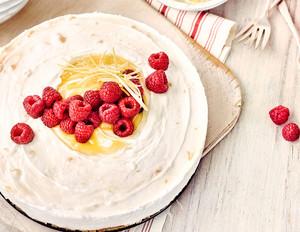 Zitronen-Himbeer-Torte mit Lemon Curd
