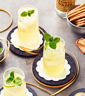 Limoncello-Sprizz mit Tonic Water