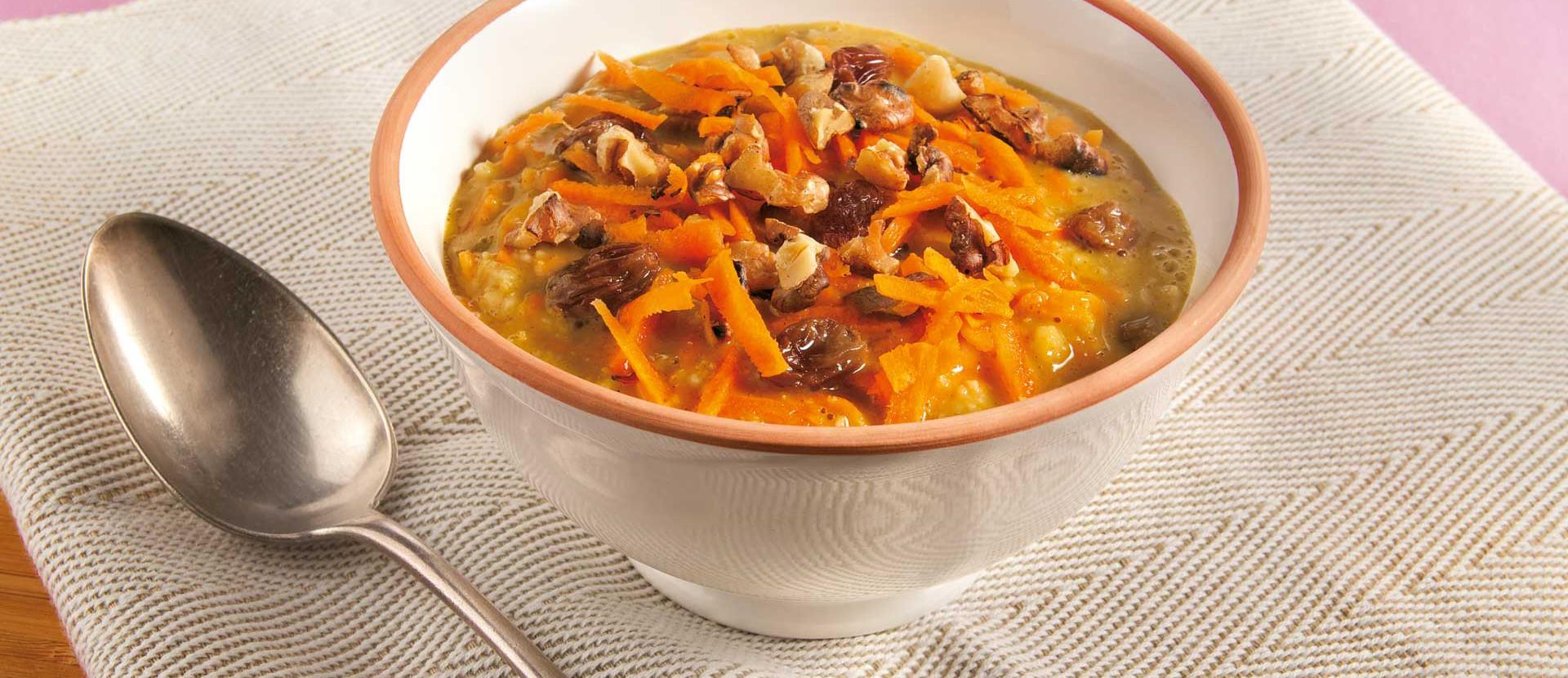 Moehren Porridge mit Walnuessen