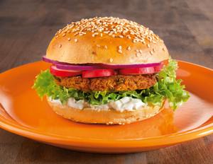 Couscous-Burger mit Zaziki