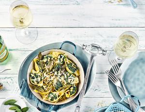Muschelnudeln mit Zitronen-Ricotta-Spinat-Füllung