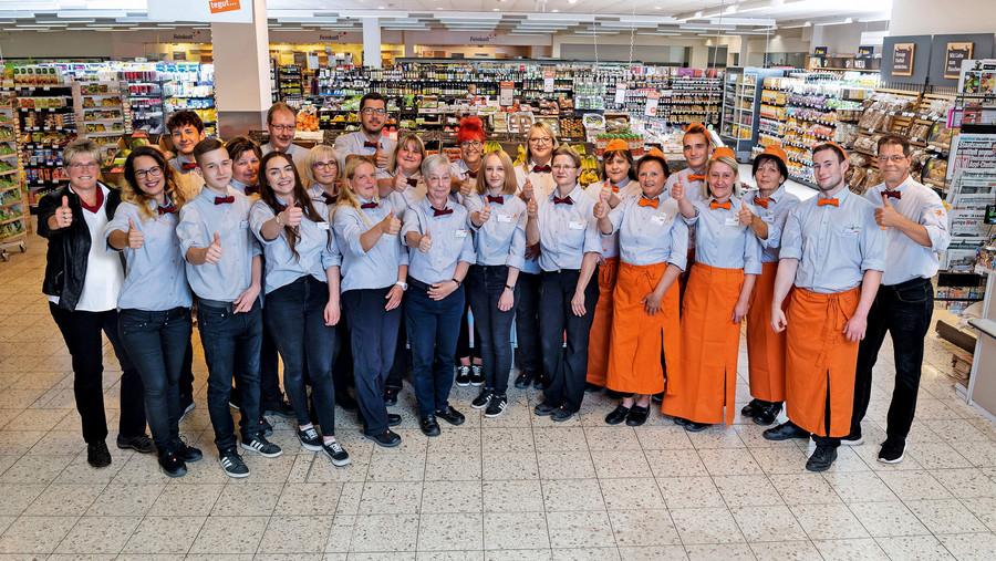 Das Team vom tegut... Markt Weimar