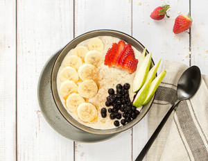 Porridge-Fruit-Bowl