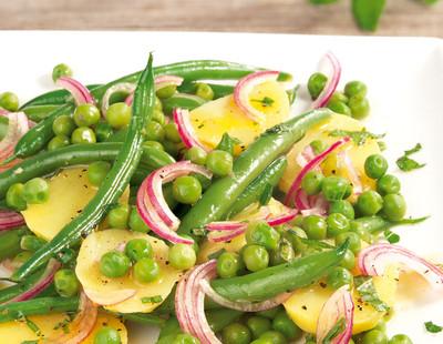 Bohnen-Kartoffel-Salat mit Minz-Vinaigrette