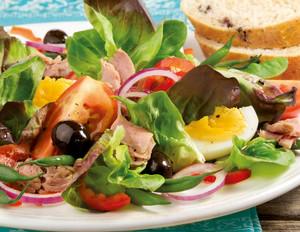Nizza-Salat mit Thunfisch und Ei