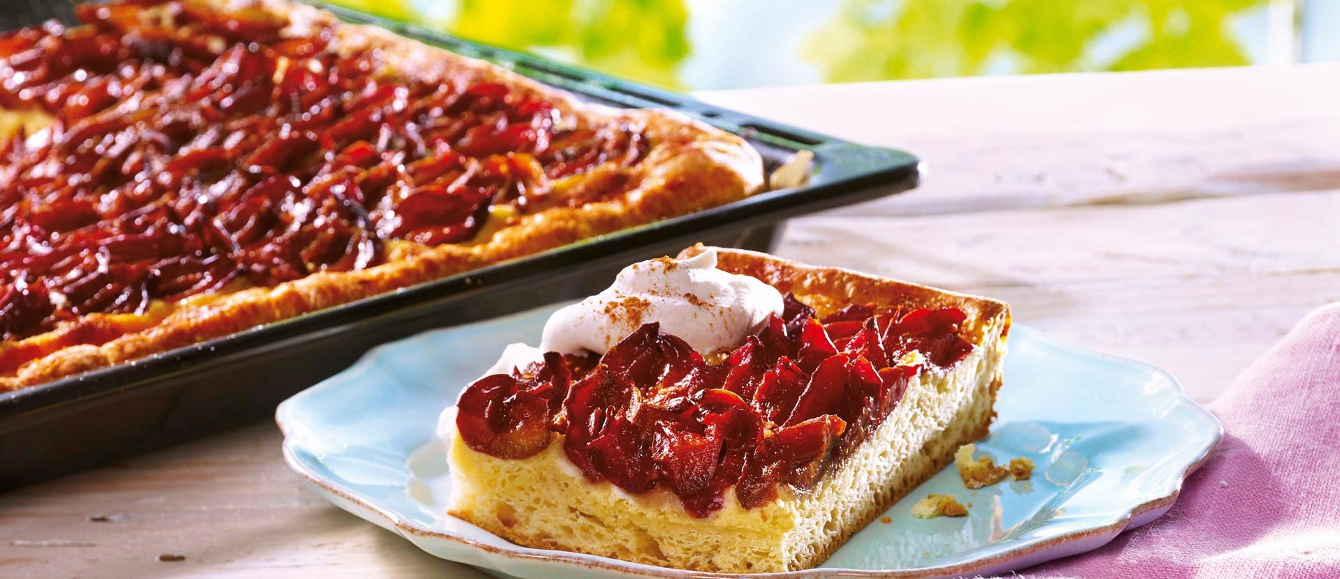 Zwetschgenkuchen mit Marzipan