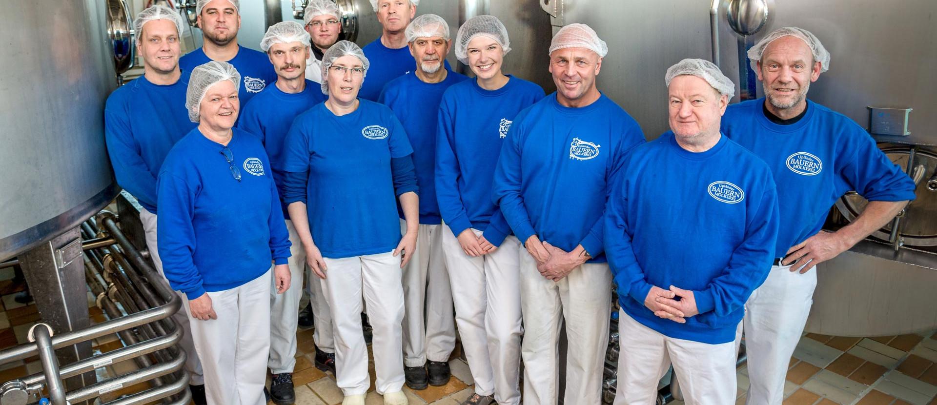 Belegschaft der Bauernmolkerei GmbH