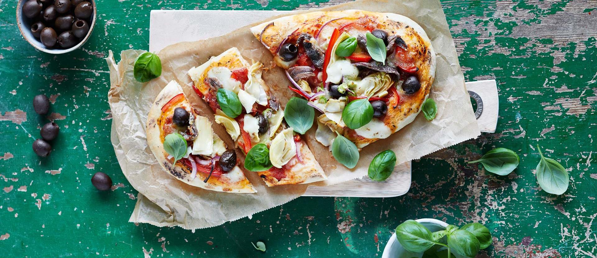 Pizza Primavera Basilikum