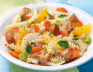 Nudelsalat mit Fenchel und Tofu