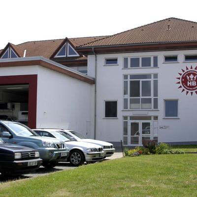 Außenansicht Firmengebäude Käserei Birkenstock