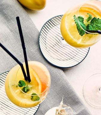 Eierlikoer Orangen Aperitif Zitronenmelisse
