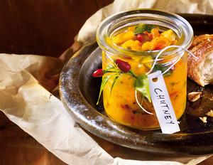 Pfirsich-Mango-Zucchini-Chutney
