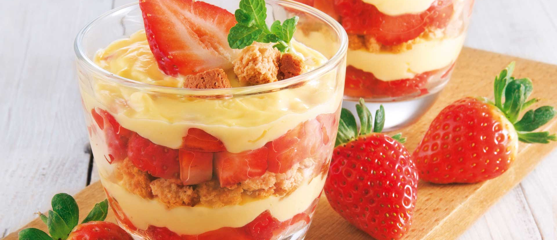 Erdbeer Schichtcreme Eierlikoer Cantuccini