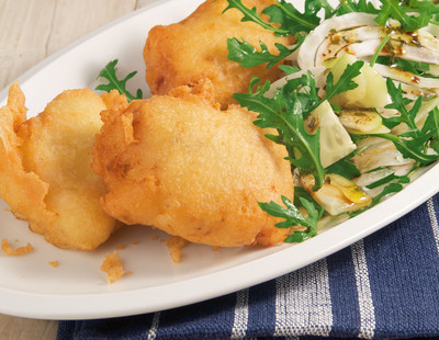 Backfisch mit Fenchel Rucola Salat