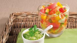 Sommersalat mit Wassermelone und Pesto