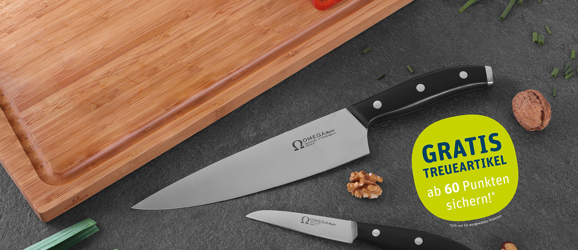 Omega Messer und Holz-Schneidebrett