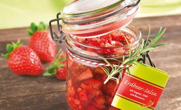 Erdbeer-Salsa mit Ingwer, Chili und Rosmarin