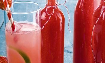 Erdbeer-Limes mit Limetten