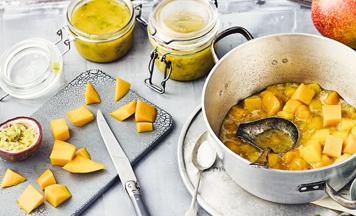 Mango-Passionsfrucht-Konfitüre mit Minze