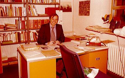 olgang gutberlet am schreibtisch 1973 uebergabe unternehmensleitung
